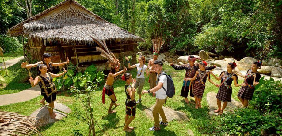 Kampung Budaya Mari Mari